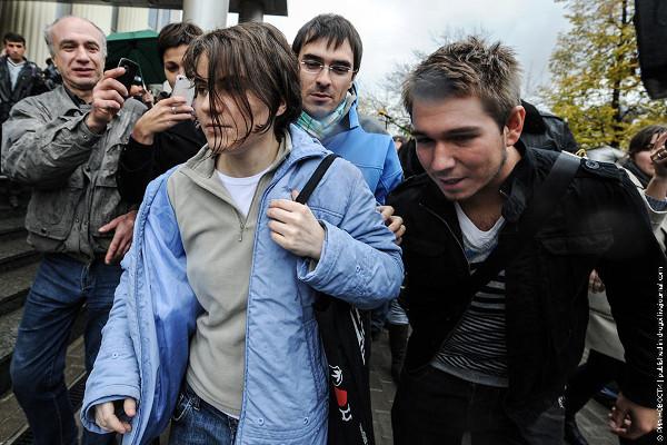 Ekaterina Samutsevich leaves court a free woman